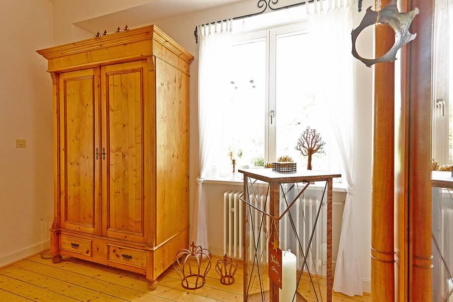 achtung schimmel mainlike. Black Bedroom Furniture Sets. Home Design Ideas