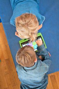 Über Kinderseiten können die Kleinen lernen, wie sie digitale Medien sicher nutzen. Foto: djd/www.teachtoday.de
