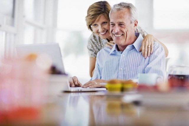 Alle Bankgeschäfte von zu Hause aus erledigen: Mehr als die Hälfte der Bundesbürger nutzen mittlerweile Online-Banking.