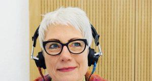 Wer regelmäßig zur Höranalyse geht, kann sich ein Stück Lebensqualität für die Zukunft sichern.