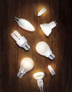 Neben Energiespar- und Halogenleuchten werden zunehmend LED-Produkte für die Beleuchtung von Wohnräumen eingesetzt. Sie sind besonders energiesparend und langlebig.