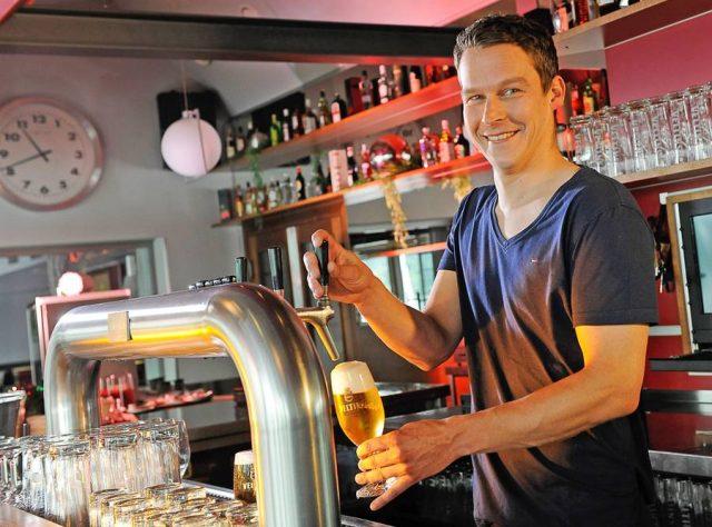 In Deutschland gibt es die unterschiedlichsten Biersorten - mit Abstand am beliebtesten ist allerdings unverändert das Pils.
