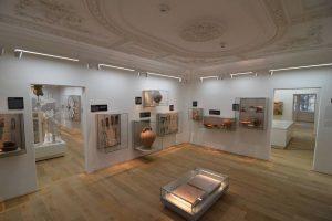Nach umfangreichen Umbaumaßnahmen zeigt das Römermuseum seine Schätze nun in hellem und modernem Ambiente.