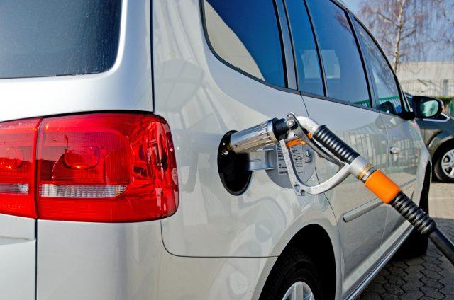 Flüssiggas ist nicht nur ein umweltfreundlicher, sondern auch preislich attraktiver Kraftstoff. Mit 7.000 LPG-Tankstellen im gesamten Bundesgebiet ist zudem eine flächendeckende Versorgung sichergestellt.