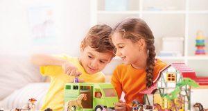 Die Faszination, die ein Reiterhof auf Kinder ausübt, war schon immer groß und ist ungebrochen.