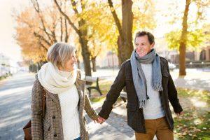 Nichts macht glücklicher als eine schöne Partnerschaft - das sagen 84 Prozent der Singles über 50.