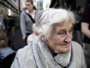 Es gibt immer mehr alte Menschen in Deutschland, für die eine qualifizierte und menschenwürdige Versorgung gesichert werden muss.