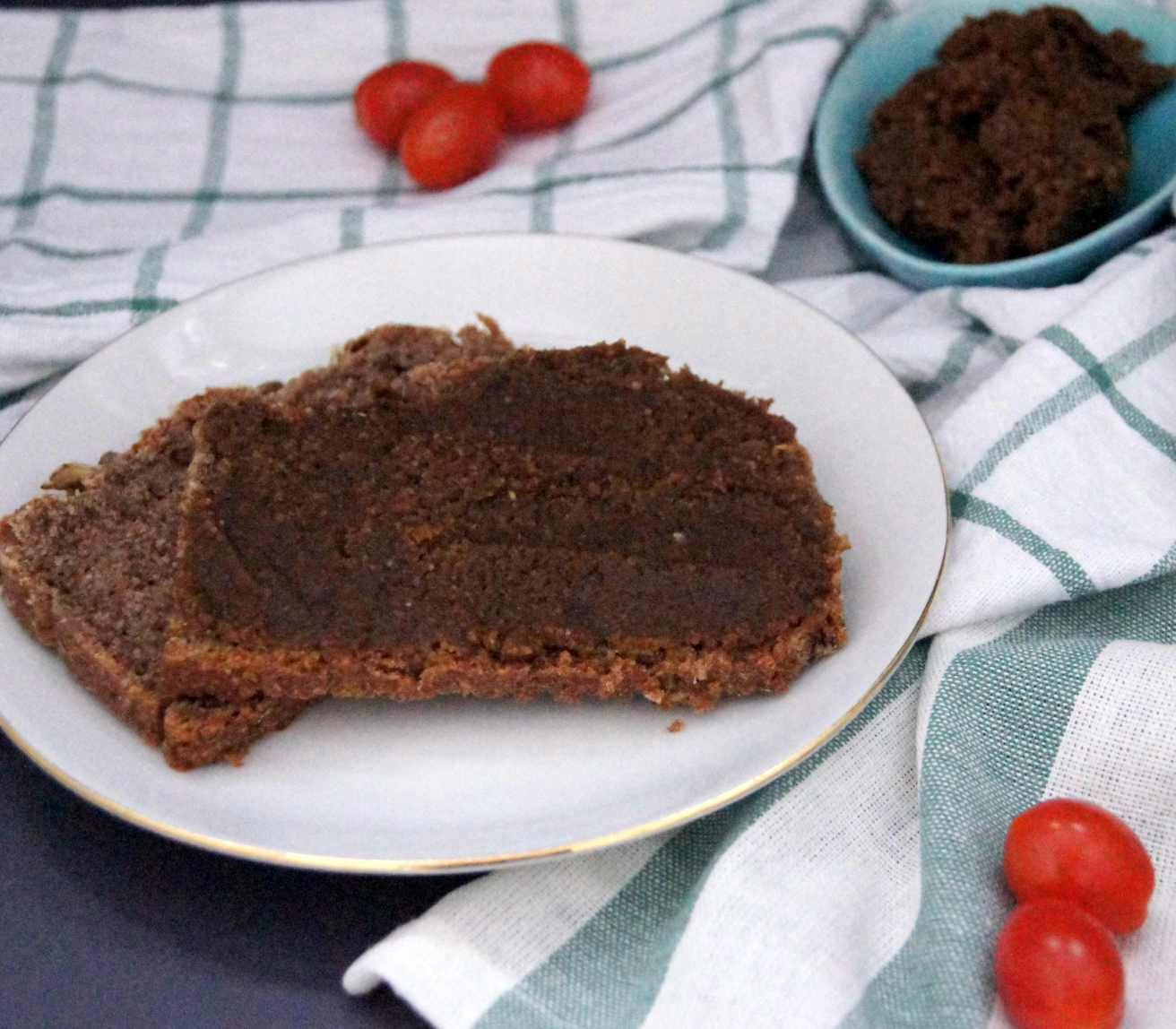 vegane Leberwurst aus Nüssen - Rezept