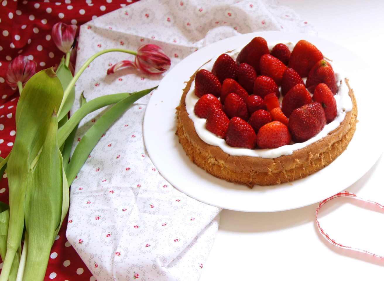 Erdbeere-Biskuit