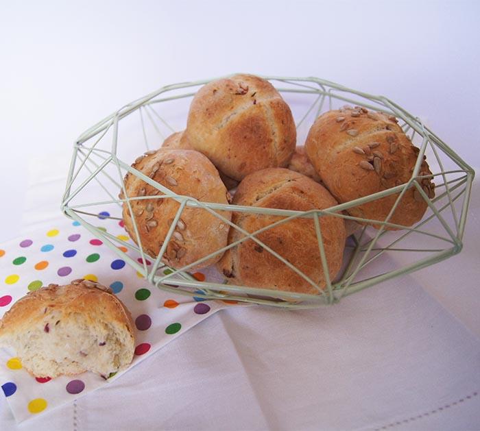 Dinkel-Schafskäse-Brötchen