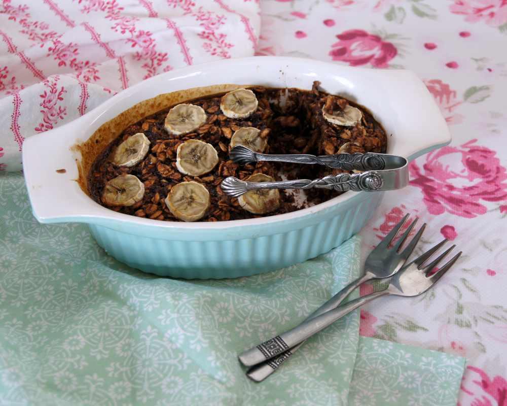 schoko-banane-baked-oats-rezept
