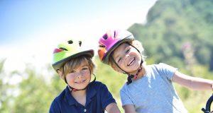 Kinder beim Fahrradfahren