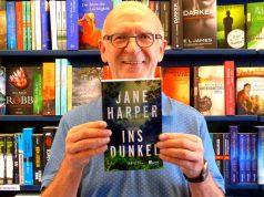 """Gewinnen Sie mit MAINLIKE und der Buchhandlung Glückstein den Roman """"Ins Dunkel"""" von Jane Harper."""