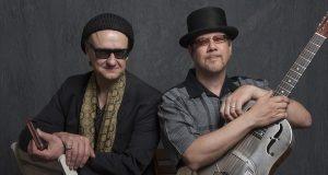 """Das Rootsduo - live bei der Bluesnacht """"Let the good times role"""" in der Stadthalle Bad Neustadt."""
