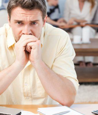 Burn-out-hohes Stresslevel erhöht die Gefahr