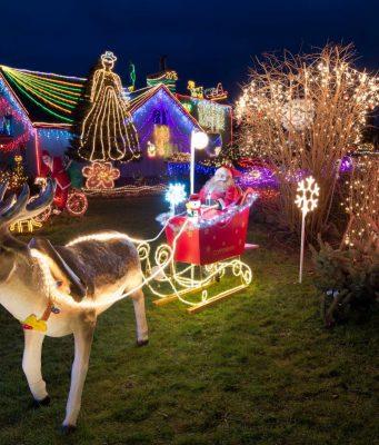 Hunderte Lichter bringen im Advent wieder so manche Hausfassade zum Strahlen. Doch Vorsicht: Nicht jedes Dekoprodukt ist für den Außenbereich geeignet.