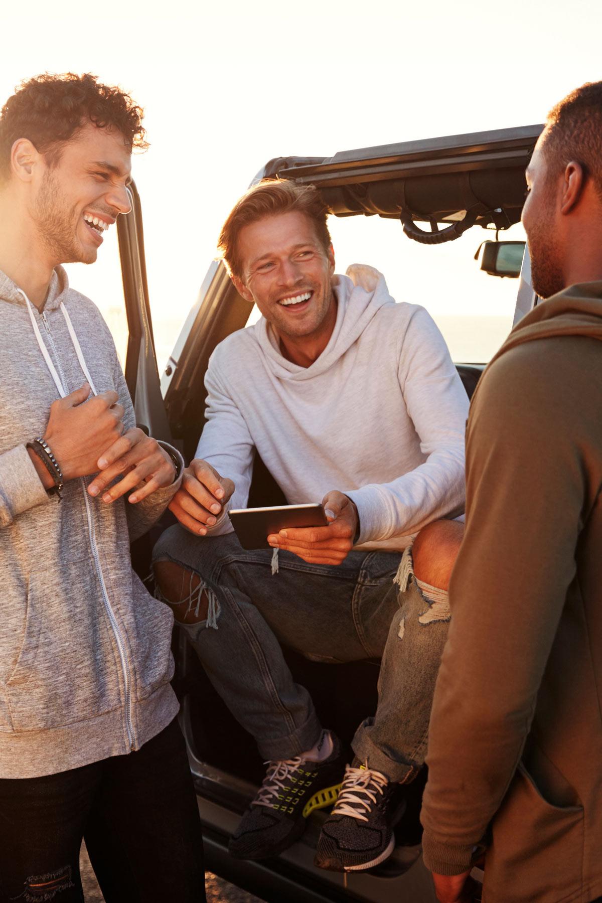 Junge Leute sind auch beim Autokauf offen für die Meinung sogenannter Influencer.