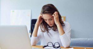 Dauerstress: Werden Anspannung und Gereiztheit zu ständigen Begleitern, kann das die Gesundheit und das Wohlbefinden beeinträchtigen. Foto: djd/Vitango/Adobe Stock/baranq