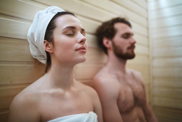 Saunablock: Ein Tag in der Sauna entspannt Körper und Geist.