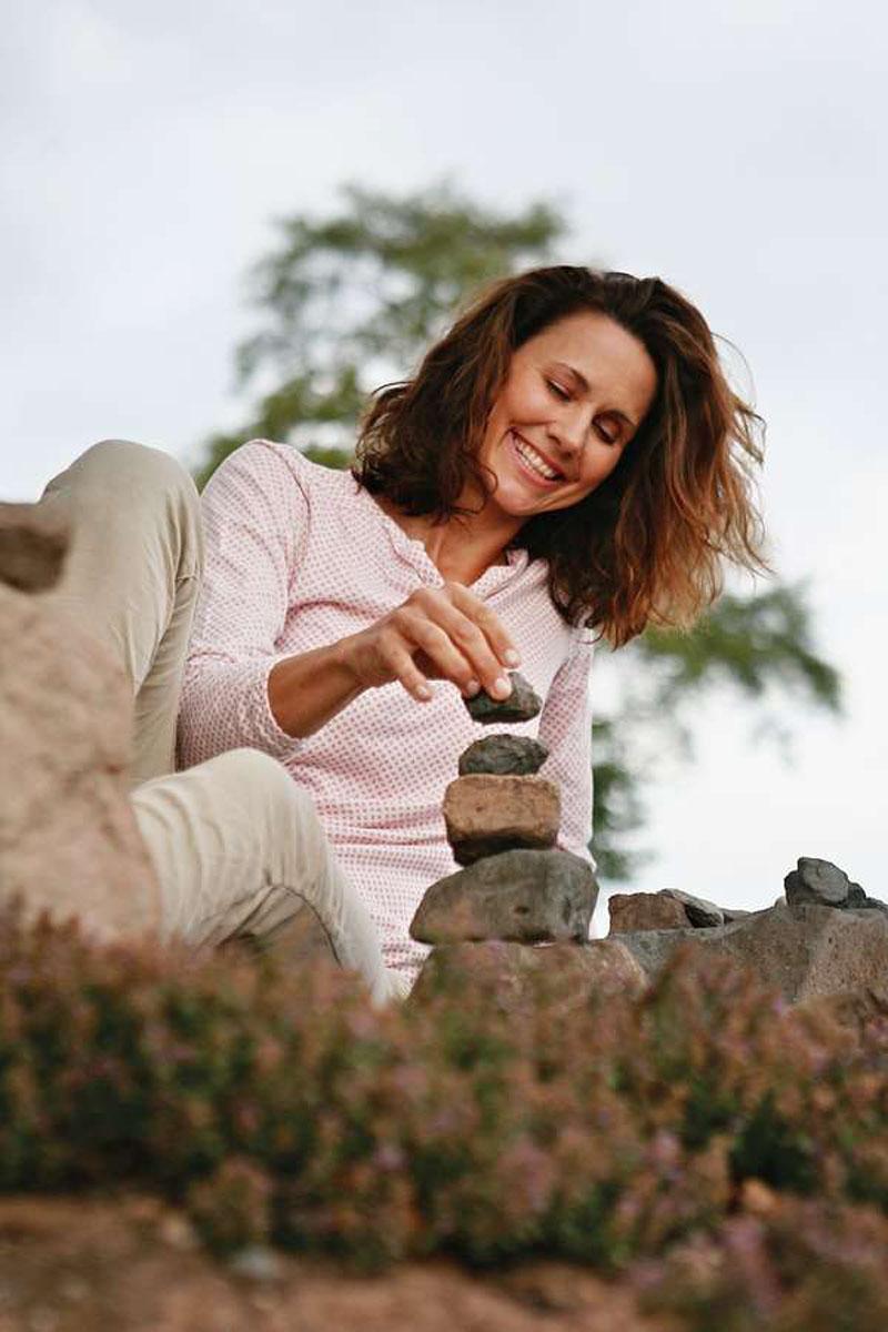 Sinntal: Achtsamkeitsübungen helfen, sich selbst wieder bewusst wahrzunehmen.
