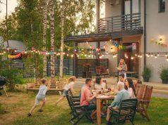 Betongold: Der Traum vom eigenen Haus ist mit vielen Emotionen verbunden. Gleichzeitig sind Immobilien auch eine attraktive Kapitalanlage. Foto: djd/Dr. Klein Privatkunden/Getty Images/gorodenkoff