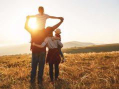 An die Zukunft denken und auf umweltfreundliche Energie setzen: Familien entscheiden sich deutlich häufiger für Ökostrom als Singles.
