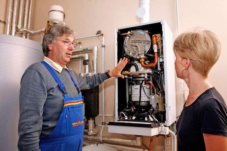erneuerbare Energien: Eine verbraucherfreundliche individuelle Wärmeversorgung bringt meistens auch Kostenvorteile mit sich.