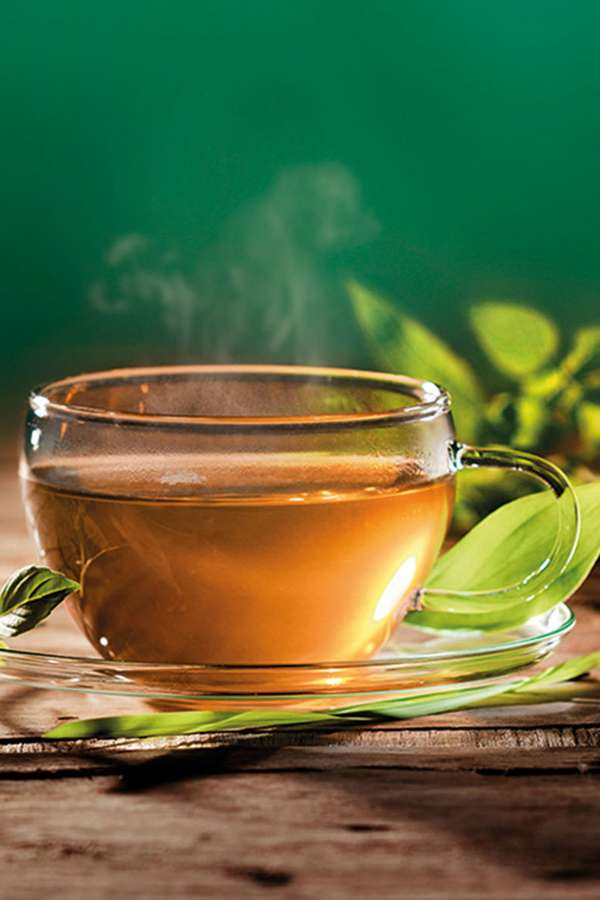 Als Tee entfalten viele Heilpflanze ihre Wirkung besonders gut.