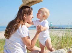 Hautbarriere: Für Sommergenuss ohne Juckreiz und Co. braucht atopische Haut auch in den warmen Monaten gute Pflege.