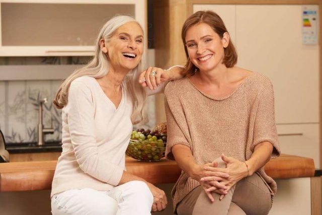 Immunabwehr: Wer gesund ist, hat gut lachen: Mit einem intakten Immunsystem können Virusinfektionen vom Körper abgewehrt werden.