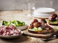 Ein leckeres Köttbullar-Sandwich weckt Erinnerungen an einen entspannten Schweden-Urlaub - oder es macht Vorfreude auf Ferien in dem skandinavischen Land.