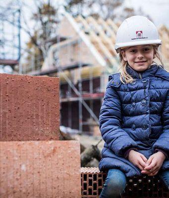 Verbraucherschutz: Die Stärkung von Verbraucherrechten und eine praktische Unterstützung auf der Baustelle gibt Häuslebauern mehr Sicherheit auf dem Weg in die eigenen vier Wände.