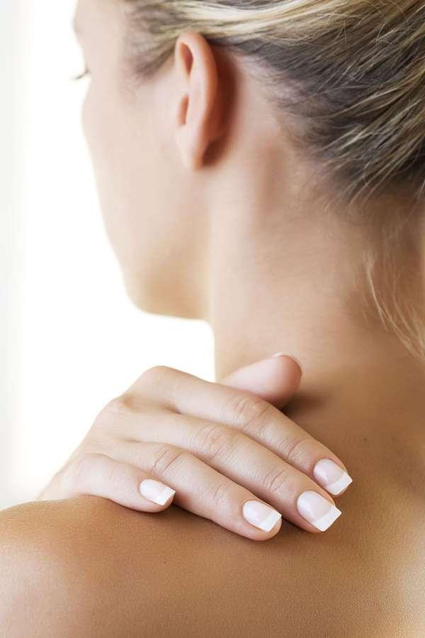 Verspannungen: Nackenverspannungen gehören zu den typischen Zivilisationsbeschwerden